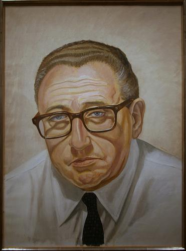 KissingerCliff1066